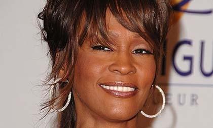 Baju dan Perhiasan Whitney Houston Akan Dilelang
