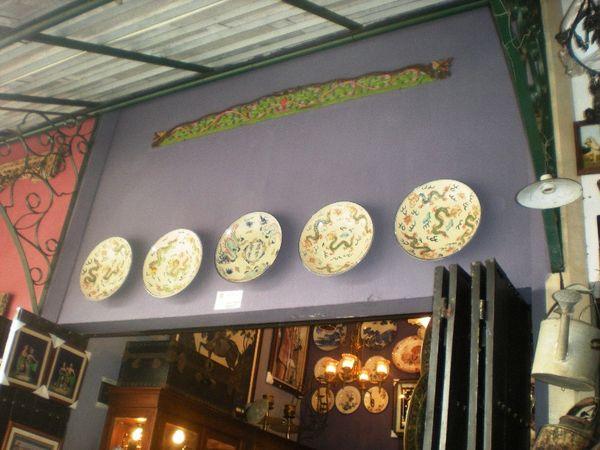 Keramik-keramik Cina dan harta karun lainnya yang memiliki nilai