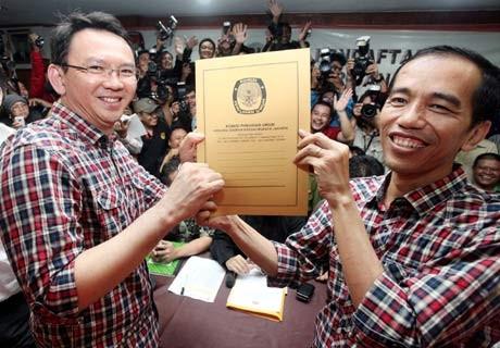 \Misteri\ di Balik Kemeja Kotak-kotak Jokowi & Ahok
