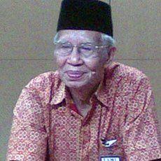 Bismar Siregar Kritis
