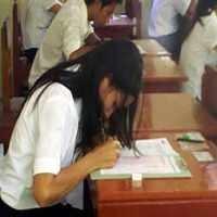 Siswa SMP Diminta Tak Hiraukan SMS Kunci Jawaban Soal UN