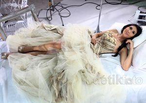 Pasca Foto Syur Beredar, Dewi Cinta Kembali Eksis
