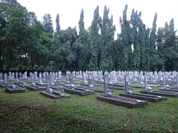 Makam yang teratur