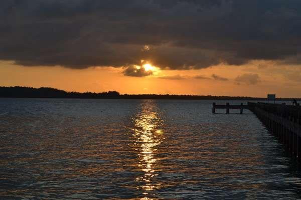 Senja di Pulau Hoga (Kak Nunuk/ACI)