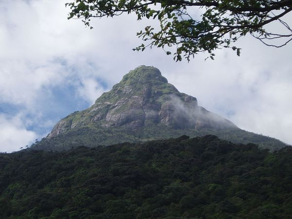 gudangartikelunik.blogspot.com - Ini Dia 10 Gunung Suci di Seluruh Dunia