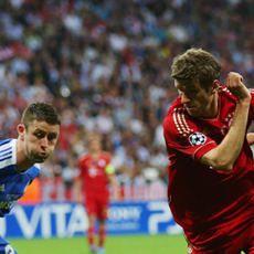 Cruyff Kritik Permainan Bertahan Chelsea di Final