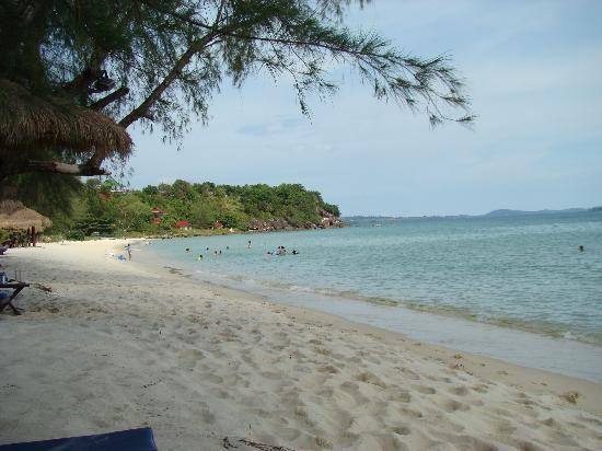 Pantai di Sihanoukville (tripadvisor.com)