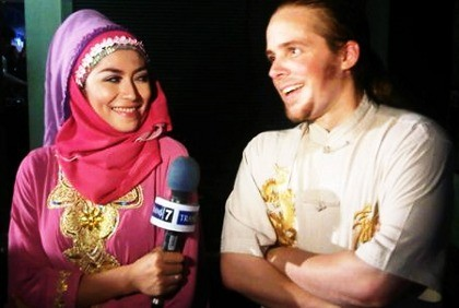 Menikah dengan Mustafa, Bagai Karma Buat Cinta Penelope
