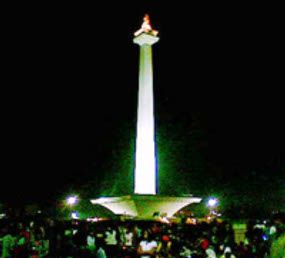 Monas saat malam hari (dok detikcom)