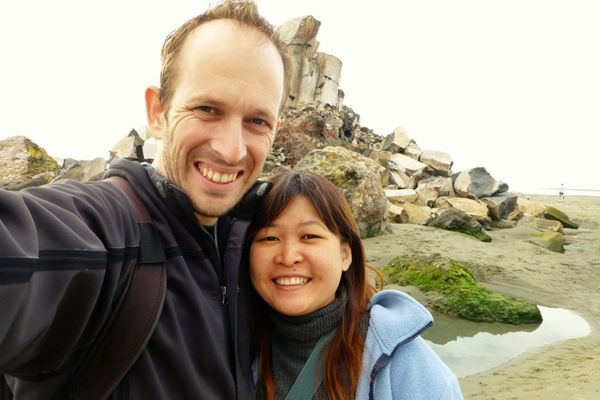 Adam Dan Susan Depan Shag Rock Christchurch Dok Istimewa
