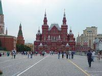 Banyak turis datang ke Lapangan Merah. (Daniel/detikTravel)