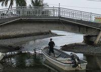 Nelayan berangkat melaut, dari sungai menuju lautan lepas (Sastri/ detikTravel)