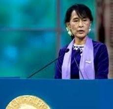 Aung San Suu Kyi Mulai Debut di Parlemen Myanmar