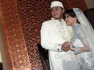 Akhirnya, Okie & Gunawan Resmi Menikah
