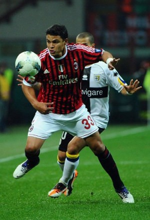 Maldini Kritik Penjualan Thiago Silva