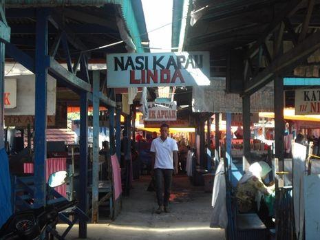 Lamak Bana! Sarapan Nasi Kapau Paling Lezat di Bukittinggi