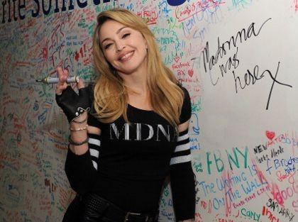 Madonna Batal Konser di Australia Tanpa Alasan