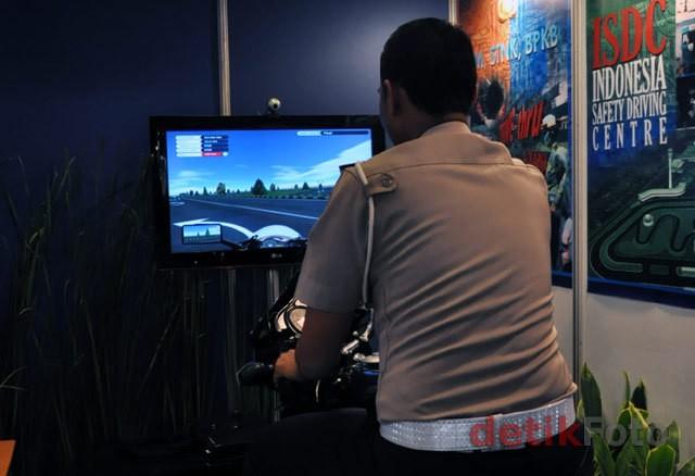 Mengenal Kendaraan Simulator Ujian SIM