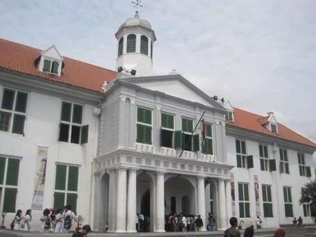 Tempat-Tempat Paling Mistis di Pulau Jawa