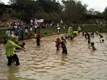 Liburan Menyenangkan di Kebun Wisata Pasirmukti, Bogor
