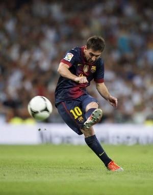 Messi Top Skorer Barca di El Clasico