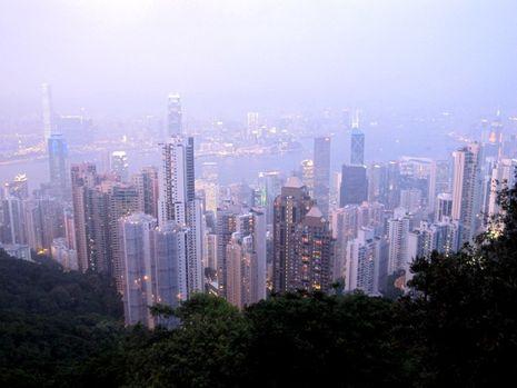 Meneropong Hong Kong & Belanja Oleh-oleh di The Peak