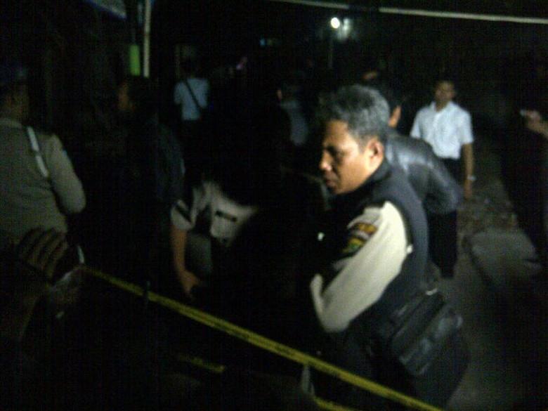 Lokasi Ledakan di Beji Depok Dipasangi Police Line