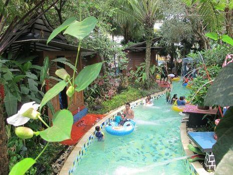8 Water Park Paling Seru di Jabodetabek