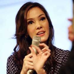 Jadi Duta \Taiwan Excellence 2012\ Lagi, Cathy Sharon Kenalkan Kebaya
