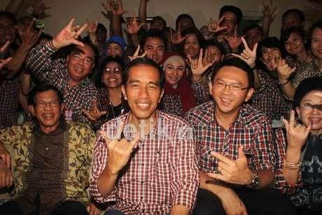 Ada Makanan Gratis, Warga Menyemut di \Rumah Solo\ Jokowi