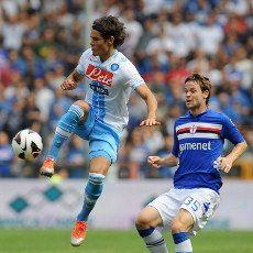 Penalti Cavani Menangkan Napoli