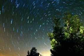 Hujan Meteor Orionids Hiasi Langit Akhir Pekan Ini