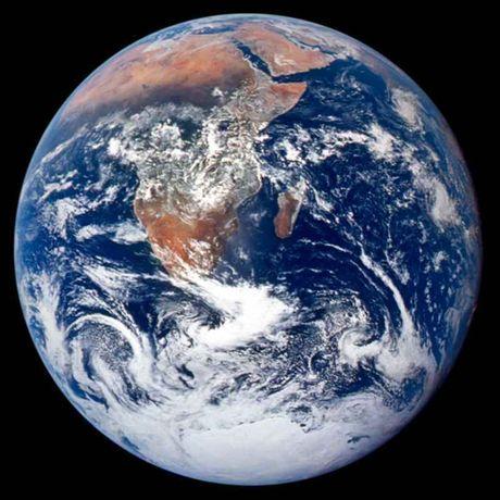 Pergeseran Kutub Bumi