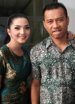 Bangun Rumah Klasik, Anang & Ashanty Habiskan Rp 1 M?