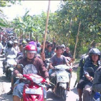 Lampung Selatan Kembali Memanas, Ribuan Orang Kepung Desa Balinuraga
