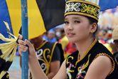 Gadis Cantik dan Pekan Budaya Birau Nan Meriah