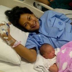 Onci \Ungu\ & Endhita Berikan Nama Panggilan \Bihun\ pada Bayinya
