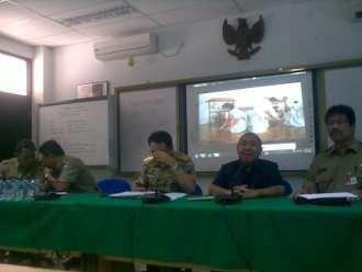 Ahok Sewot SD-SMA Thamrin untuk Siswa Miskin Pintar Diisi yang Berduit