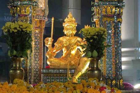 Wow! Bangkok Punya Patung Buddha Berwajah Empat