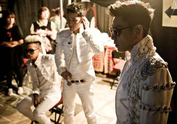 Yuk, Intip Backstage Konser Bigbang di Amerika!