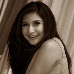 Bianca Liza, dari Akting ke Presenter