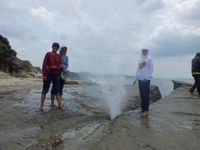 Hamparan pasir putih