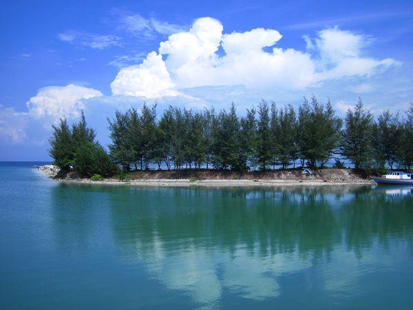 Bukit Matahari Kepulauan Seribu