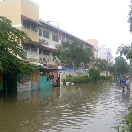 327 Titik Banjir di Jakarta dengan Ketinggian Air Hingga 3 M