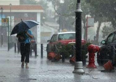 Tak Ada Cuaca Ekstrim, Jakarta Hanya akan Diguyur Hujan Sedang Hari Ini