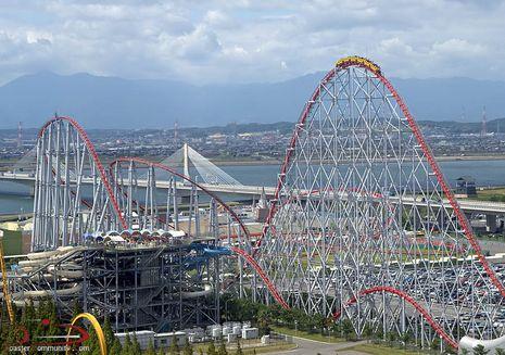 Mantap! Jepang Punya Roller Coaster Terpanjang di Dunia