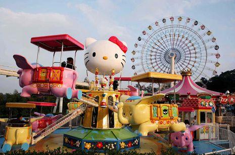 Lucu Banget! Taman Bermain Ini Isinya Hello Kitty Semua