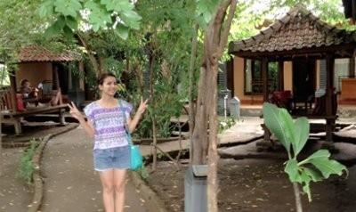Tya Ariestya Buka Hotel Murah di Gili Trawangan