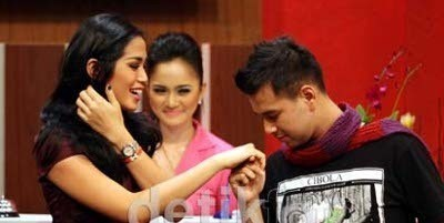 Bertemu Raffi Ahmad, Jessica Iskandar Tak Bisa Kontrol Air Mata
