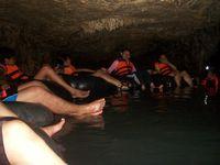 Bergaya dulu sebelum masuk gua